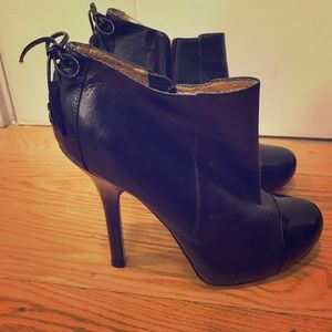 Great Pair of Dolce Vita Leather ankle boot